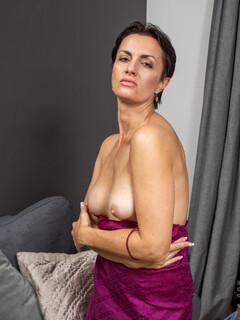 Daryna pornó